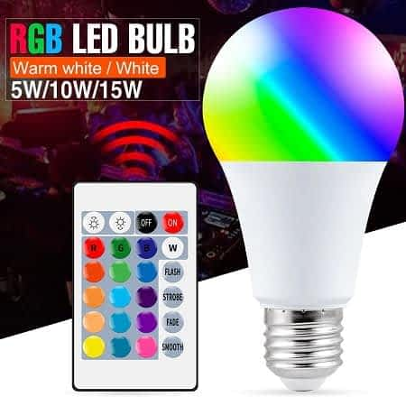 Lâmpada E27 LED RGB com comando a partir de 1,59€